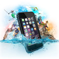 大人気!iPhone6を防水、防塵、耐衝撃にするケース「LIFEPROOF」が登場
